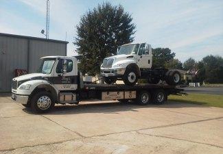 heavy-duty-towing-3